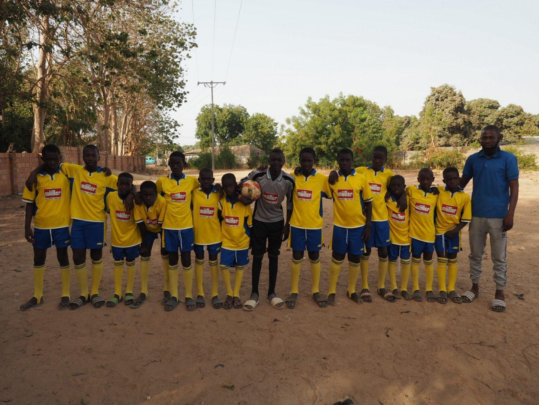 FCS-Trikots nach Gambia